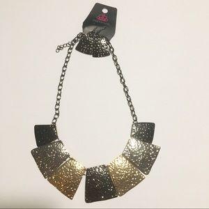 Multicolor metal necklace set
